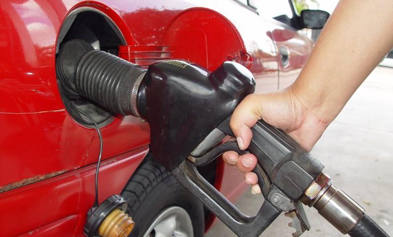 Вартість бензину в Україні зросте: експерти дали прогноз на 2018 рік