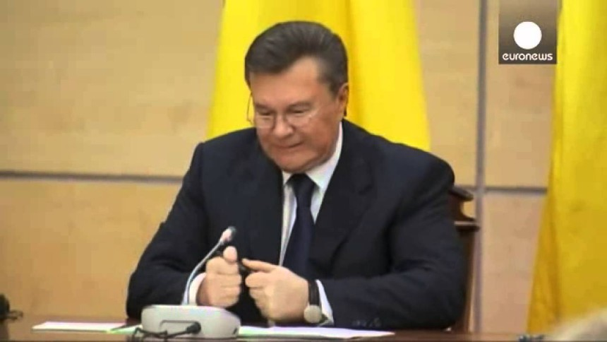 yanukovych_ruchka