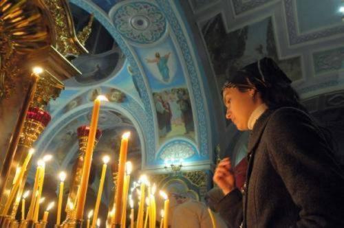 Таємниці церкви: священик розповів, по що люди зараз приходять до храму