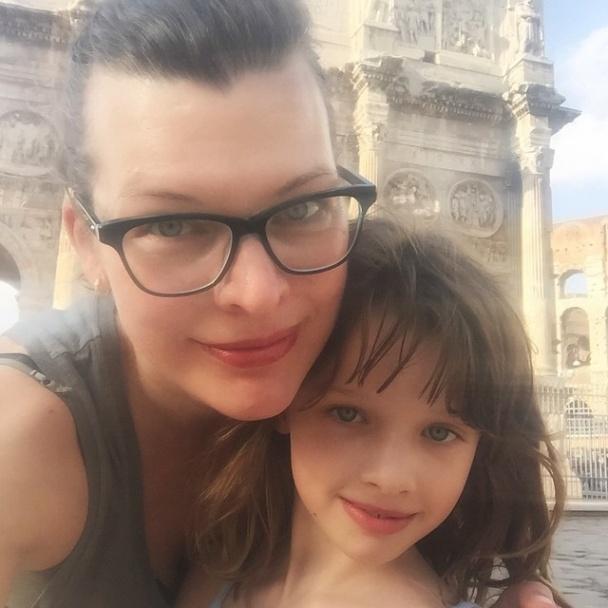 міла і дочка разом