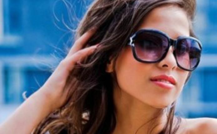Як носити сонцезахисні окуляри f09d7ac5f1db9