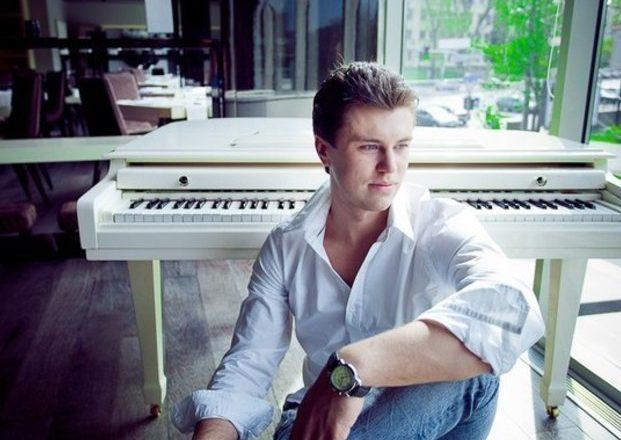 укр піаніст