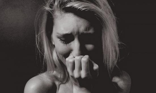Як повести себе правильно, якщо ваша жінка плаче?