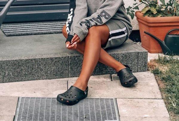 Зніміть це негайно: Crocs здивували взуттям на підборах